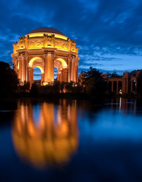 San Francisco Palace of Fine Arts, Nikon D90/Tamron 17-50mm f/2.8 @ f/16, 17mm, ISO 200, 30 Seconds