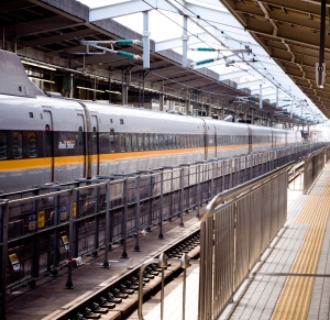 Tokyo Japan, Nikon D90 + Tamron 17-50 f/2.8 @ f/8.0, 50mm, ISO250, 125 Sec